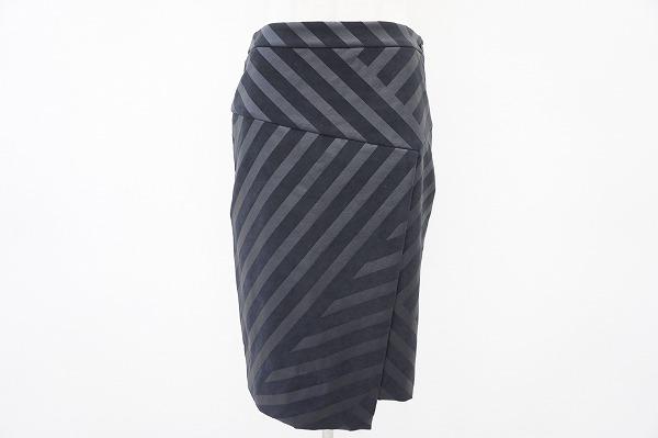 イッセイミヤケ ストライプスカート