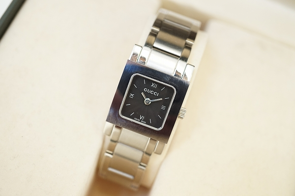 グッチ 7900Pクオーツ箱付き腕時計