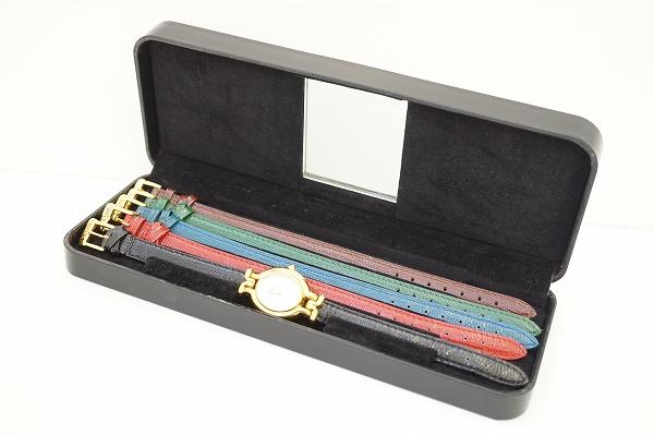フェンディチェンジベルト腕時計全5色