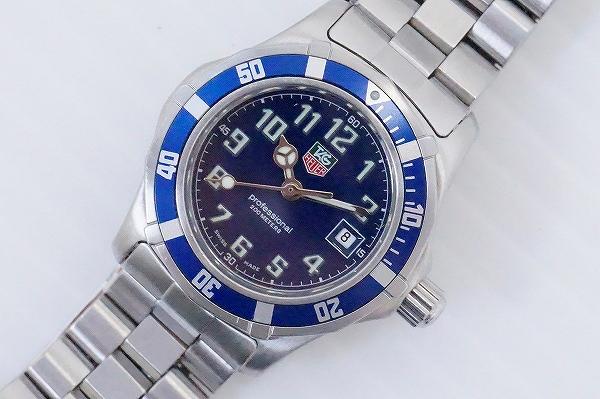 タグホイヤー プロフェッショナル200Mクオーツ腕時計
