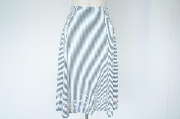 ローラアシュレイ ストライプ刺繍スカート
