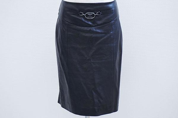 セリーヌ ラムレザータイトスカート