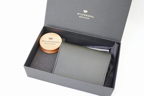 ワイルドスワンズ サドルプルアップレザー二つ折り財布