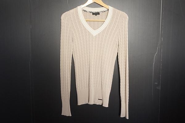 バーバリーブラックレーベル Vネックセーター