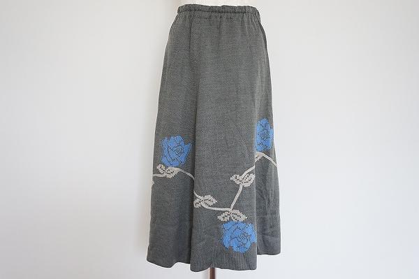 サイトウトヨコ 花柄ニットスカート