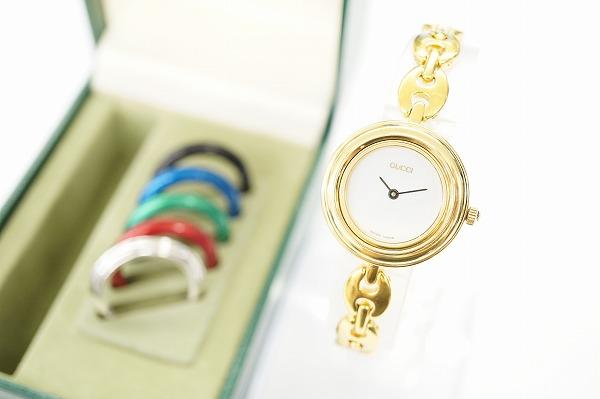 グッチ 11/12.2チェンジベゼル6色クオーツ腕時計